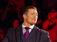 smackdown smiling suit the_miz wwe // 424x318 // 156.0KB