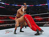 Raw autoplay_gif cesaro gif referee the_great_khali the_neutralizer wwe // 200x150 // 2.7MB