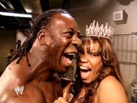 booker_t crown judgment_day laughing sharmell smiling wwe // 424x318 // 220.2KB