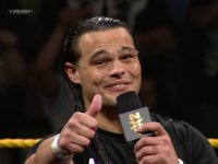 bo_dallas microphone nxt thumbs_up wwe // 424x318 // 170.4KB