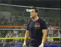 autoplay_gif chair ecw gif raven tommy_dreamer // 193x149 // 713.1KB