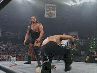 Big_Show Mickie_Henson The_Great_Muta autoplay_gif gif mist monday_nitro referee the_giant wcw // 200x150 // 1.1MB