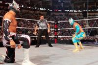 hell_in_a_cell kneeling mask referee sin_cara sin_cara_negro wwe // 600x400 // 209.0KB