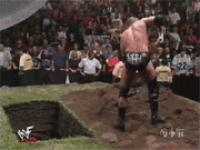 burial gif hunter_hearst_helmsley shovel smackdown wwf // 180x135 // 1.0MB