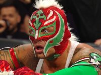 mask money_in_the_bank rey_mysterio shocked wwe // 424x318 // 201.7KB