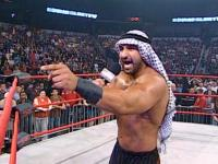 Sheik_Abdul_Bashir bound_for_glory daivari microphone pointing tna // 424x318 // 243.0KB