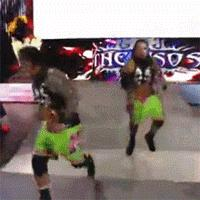 Raw autoplay_gif gif jey_uso jimmy_uso wwe wwe_tag_team_championship // 200x200 // 1.1MB