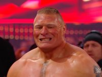 brock_lesnar smiling wrestlemania wwe // 424x318 // 167.8KB