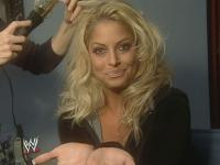 confidential trish_stratus wwe // 640x480 // 34.1KB