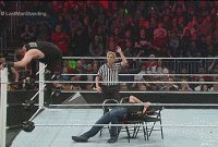 Dean_Ambrose Kevin_Owens autoplay_gif charles_robinson gif kevin_steen referee royal_rumble table wwe // 200x135 // 3.5MB