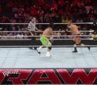 Curtis_Axel Raw autoplay_gif gif jey_uso referee superkick wwe // 200x175 // 1.0MB