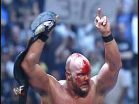 blood middle_finger stone_cold_steve_austin wrestlemania wwf // 720x540 // 73.5KB