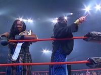 Awesome_Kong Raisha_Saeed TNA_Knockouts_Championship mask pointing slammiversary tna // 424x318 // 190.2KB