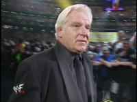"Bobby_""The_Brain""_Heenan suit wrestlemania wwf // 640x480 // 67.6KB"